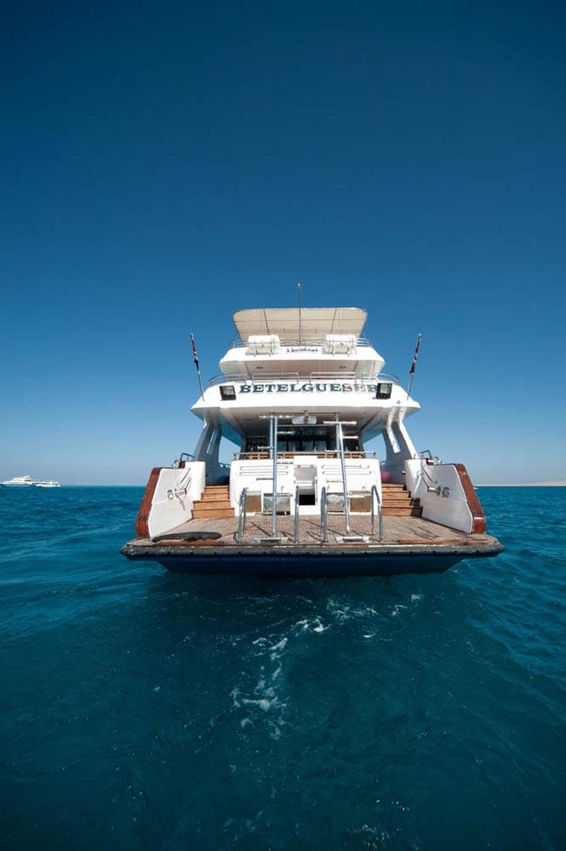Betelgeuser boat